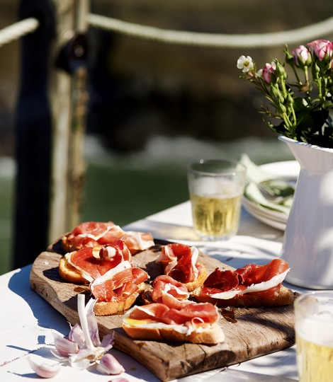 Iberico Ham & Garlic Toasts - courtesy Delicious mag