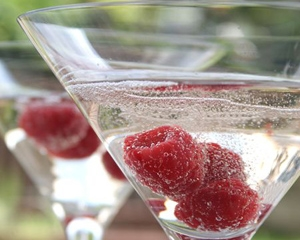 sharingourfoodadventures.com Raspberry & Prosecco Cocktail (Courtesy of Good Food Channel)