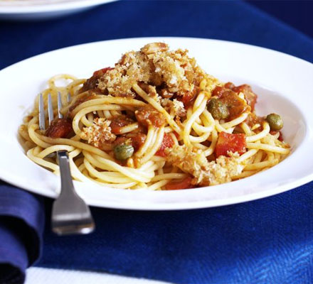sharingourfoodadventures.com Pesto & Tomato Pasta with Crispy Crumbs. (courtesy of BBC Good Food)