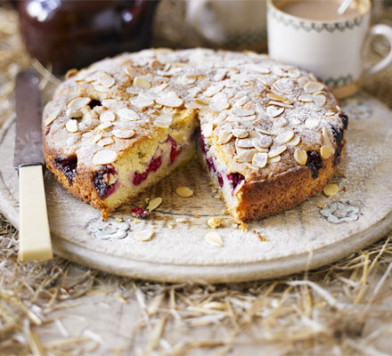 Favourite Raspberry Bakewell Cake