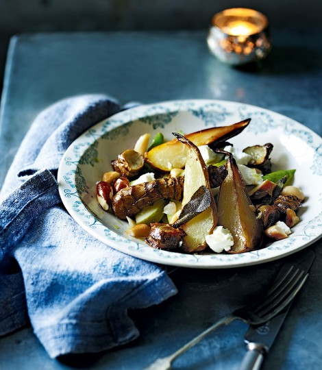 Jerusalem artichoke, pear, brazil nut & goat's cheese salad